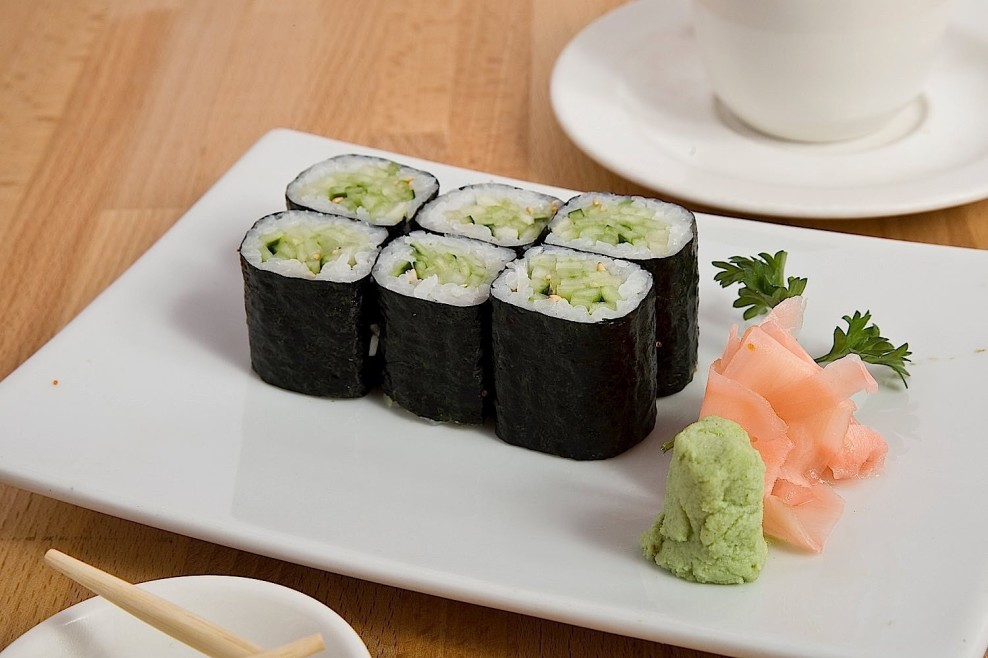 Cucumber veggie lover's roll